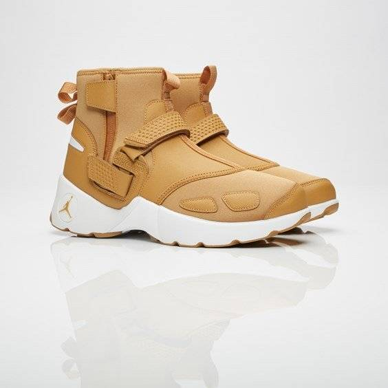 Brand Jordan jordan trunner lx high Golden Harvest/Golden Harvest