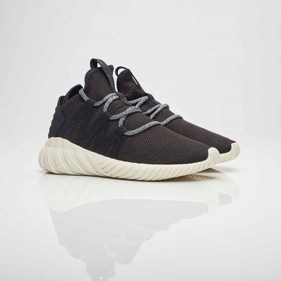 adidas tubular dawn w Core Black/Core Black