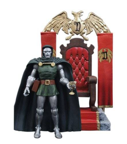 Diamond Select Toys Marvel Select Doctor Doom Action Figure