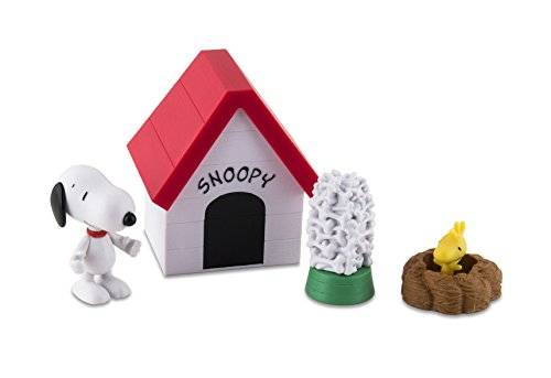 IMC Toys 335028SN - Cacahuetes Snoopy Dog House, multicolor