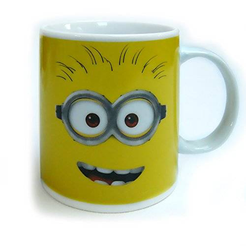 Minions - Taza regular de 320 ml, color amarillo (United Labels 811751)