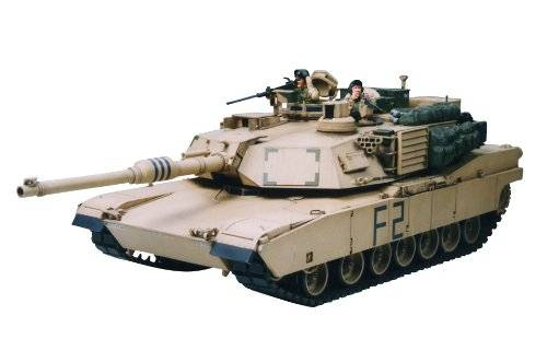 Tamiya TM35269 M1A2 Abrams Man Battle Tank 1:35