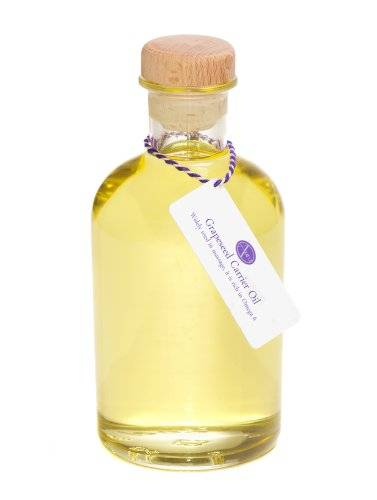 Aura Essential Oils 500ml Bottle of Grapeseed Oil for Aromatherapy Use