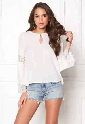 Rut & Circle Cleo Bell Sleeve Blouse 275 White 40