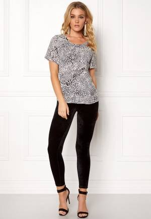 Rut & Circle Siri Print Top Black/white L