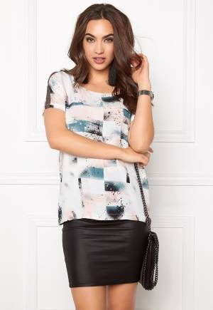 SOAKED IN LUXURY Arianne Top Spray Paint Print XS