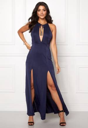 WYLDR Out of my league Navy M