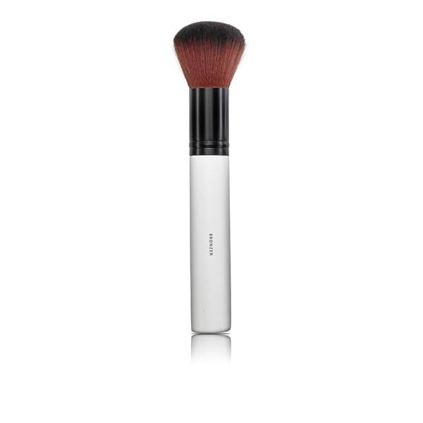Lily Lolo Make-up Bronzer Brush Meikkisivellin