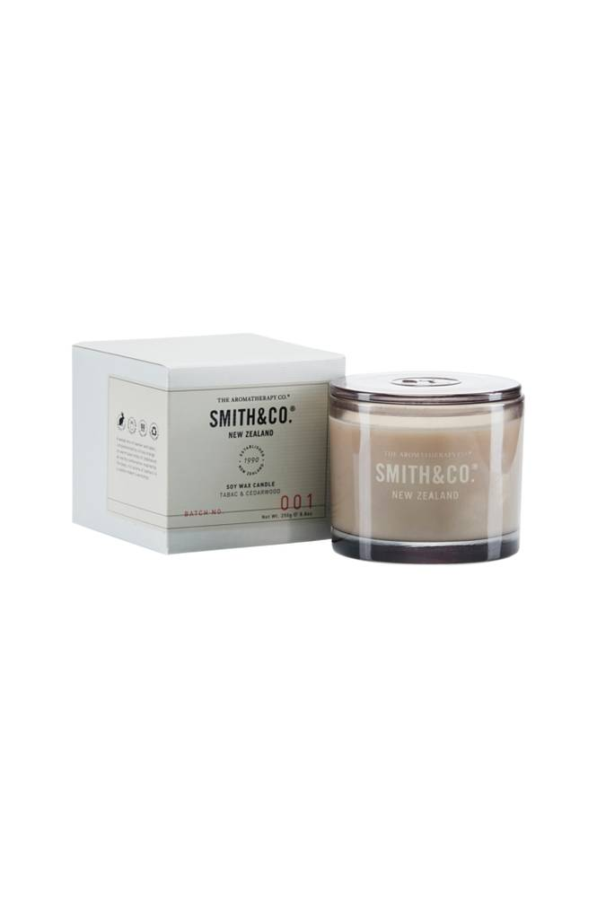 Smith & Co. Tabac & Cedarwood Candle 50 h