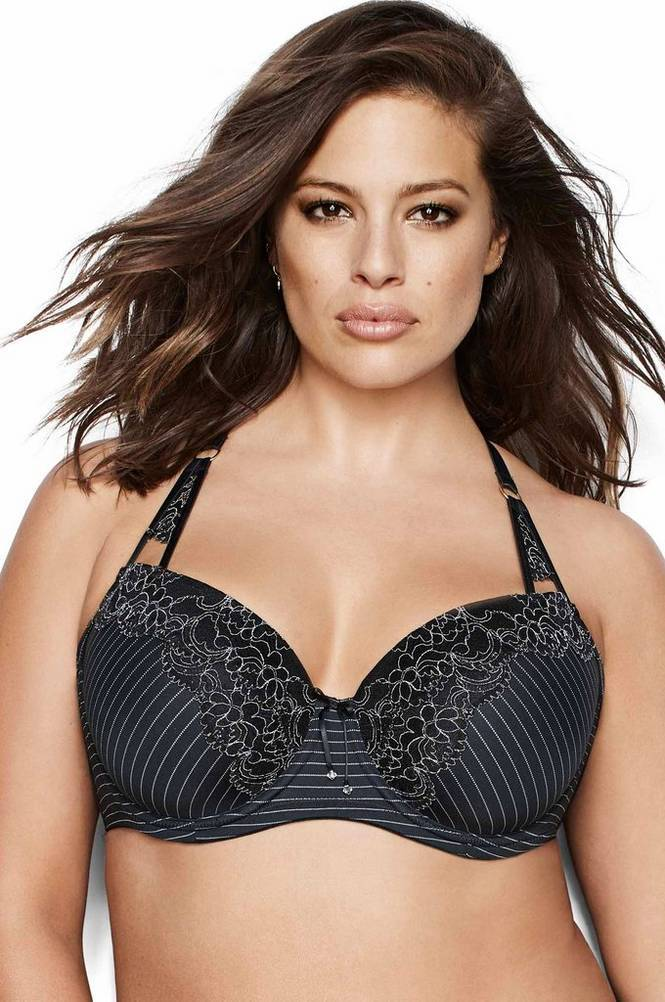 Ashley Graham Essentials-kaariliivit