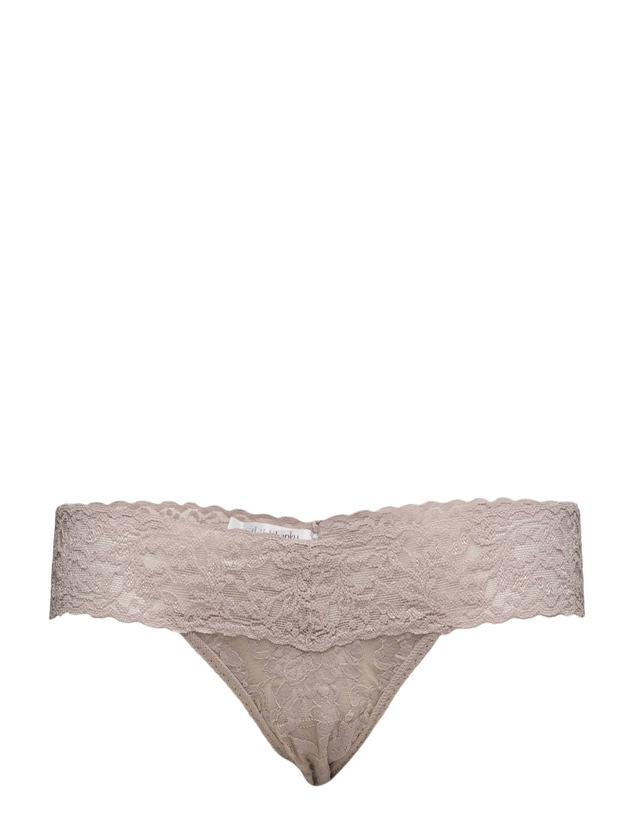 Hanky Panky Low Rise Thong Signature Lace