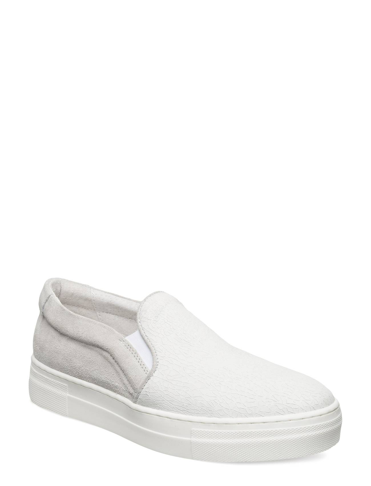 J. Lindeberg Pointy Slip-On Cracked Suede