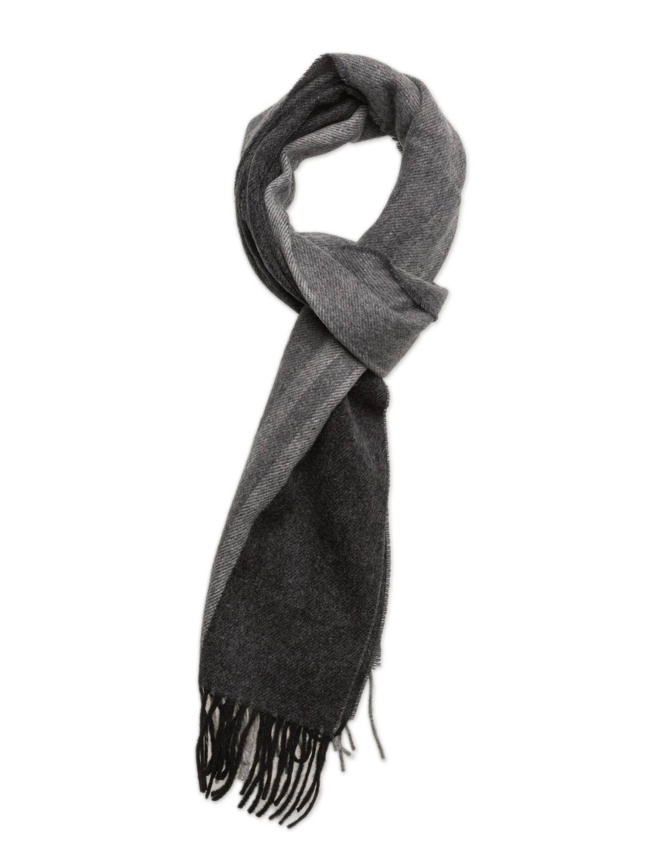 Fred Perry Tipped Woven Scarf