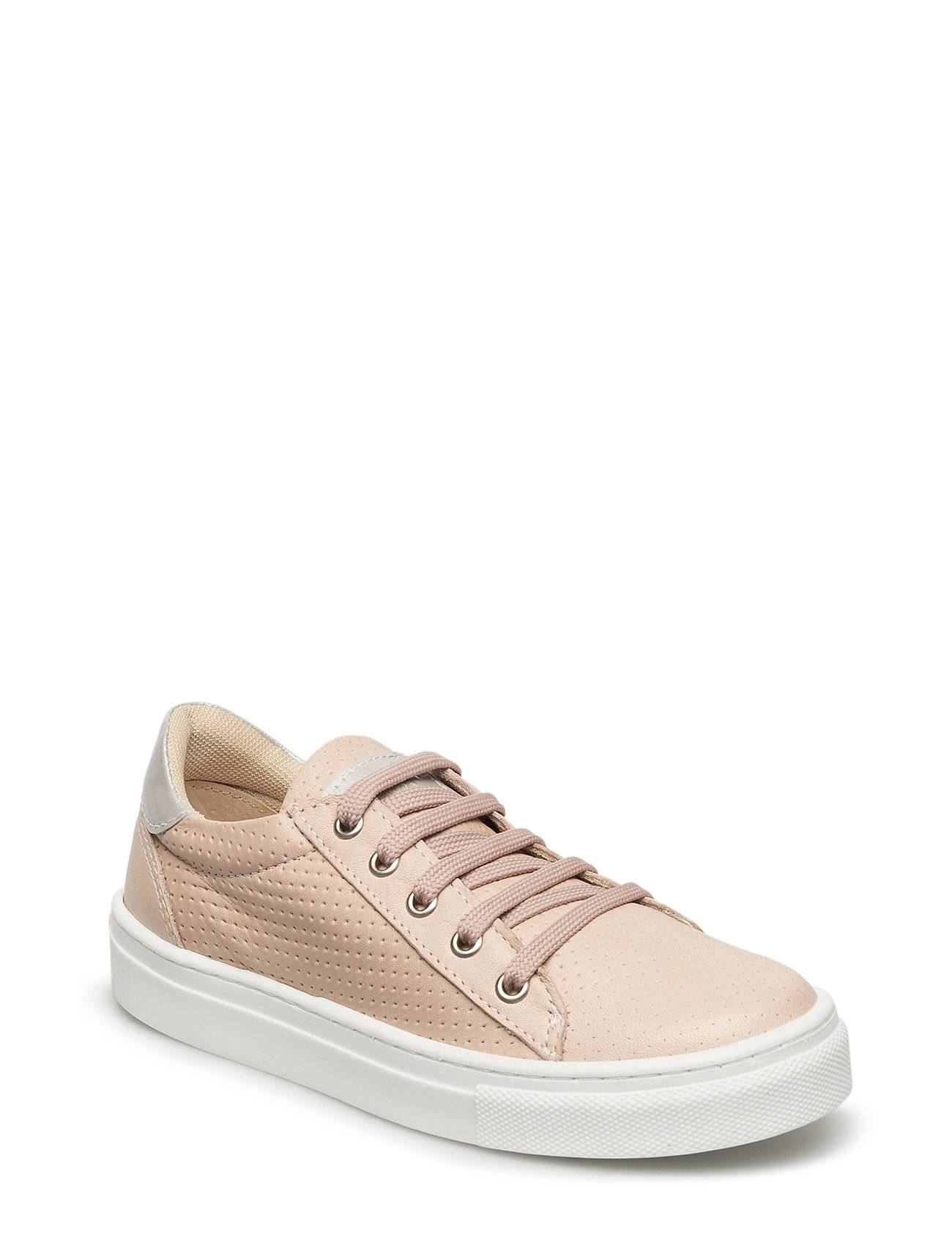 Move by Melton Unisex Classic Sneaker