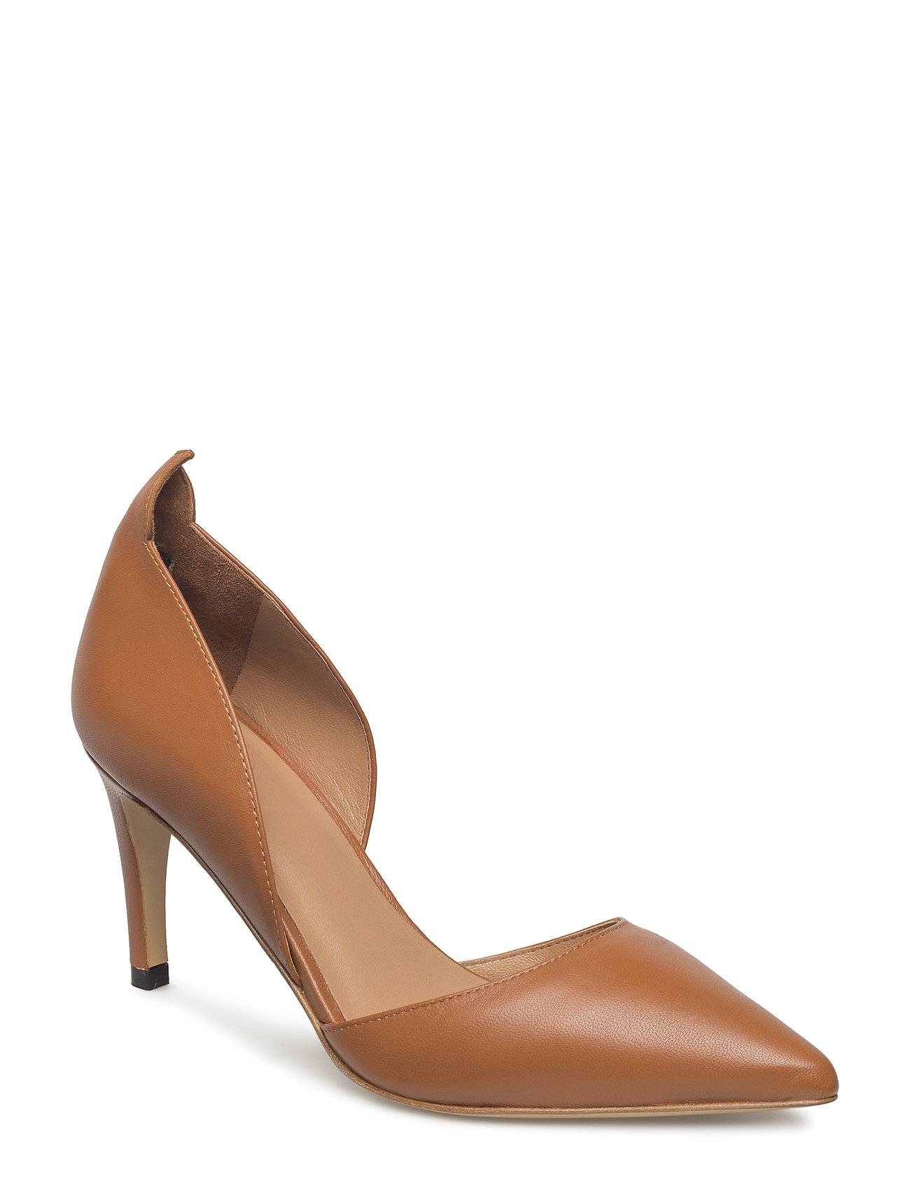 By Malene Birger May Heel