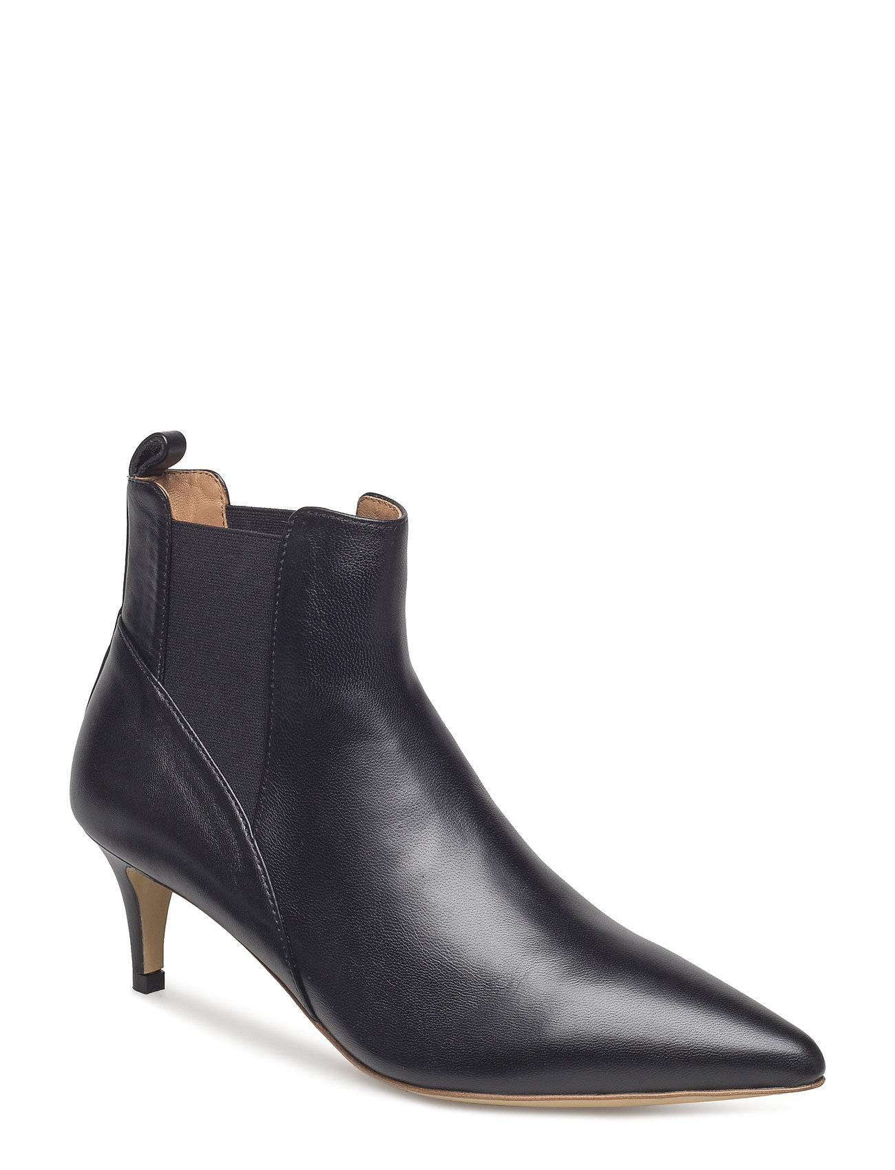 By Malene Birger May Boot