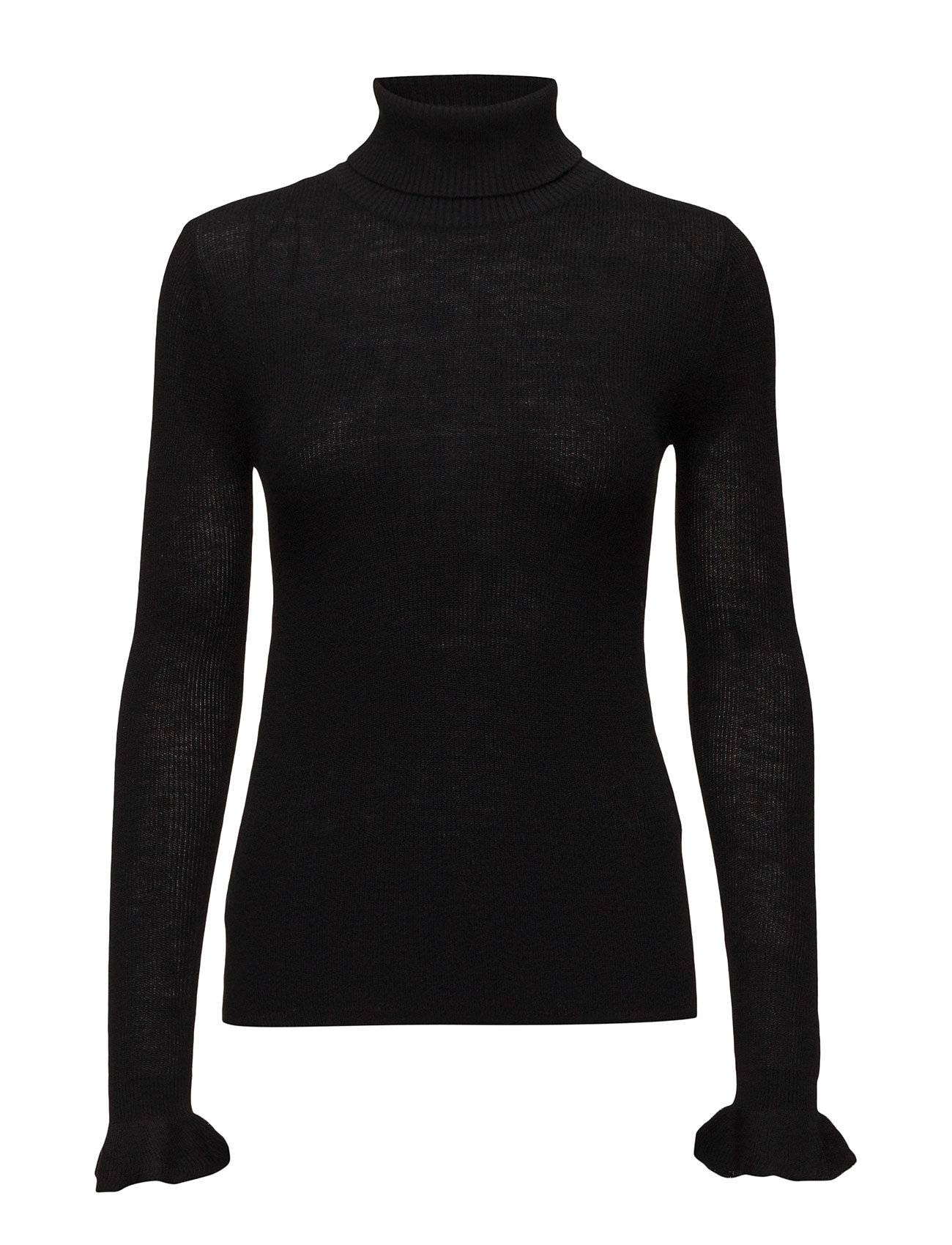 Second Female Kannisto Knit T-Neck