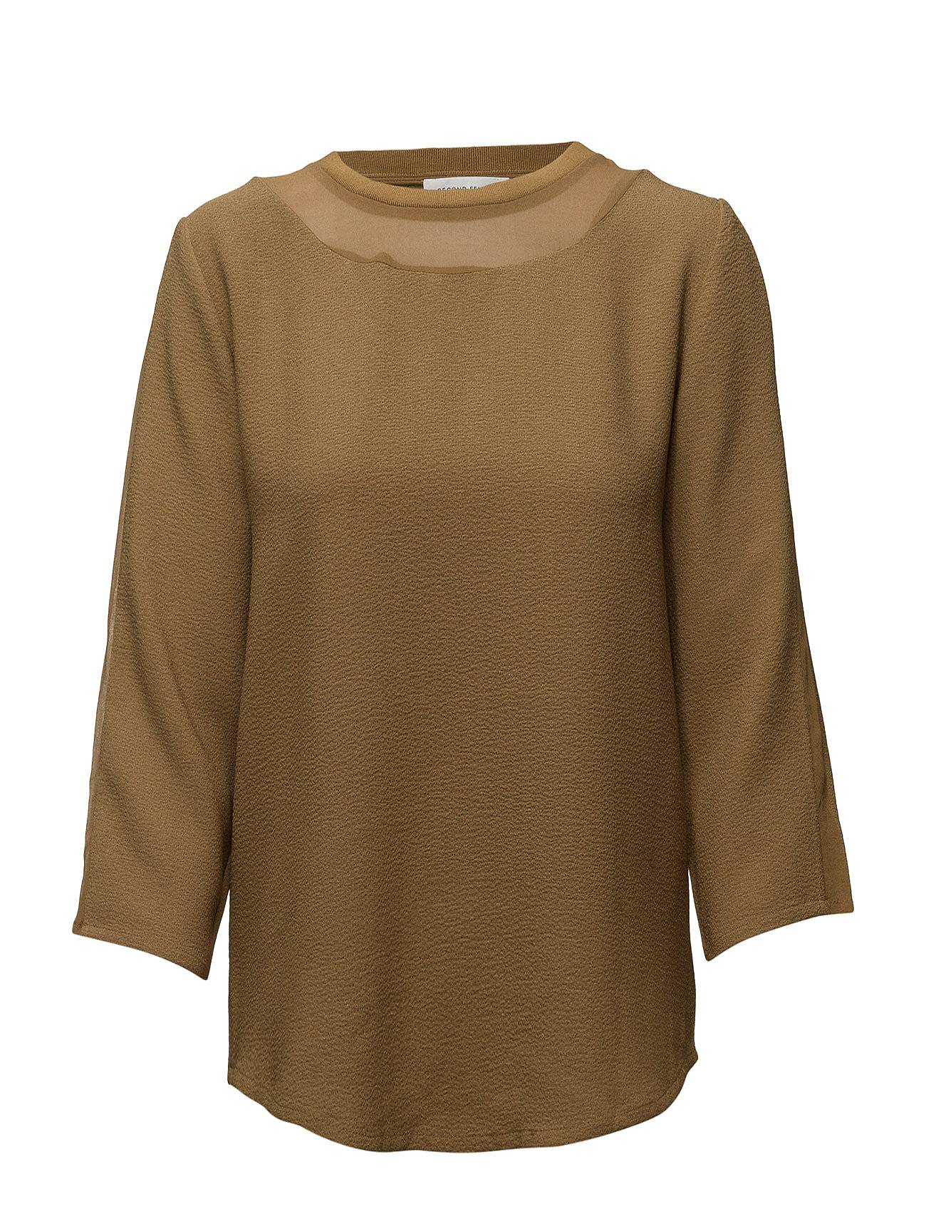 Second Female New Terra Blouse
