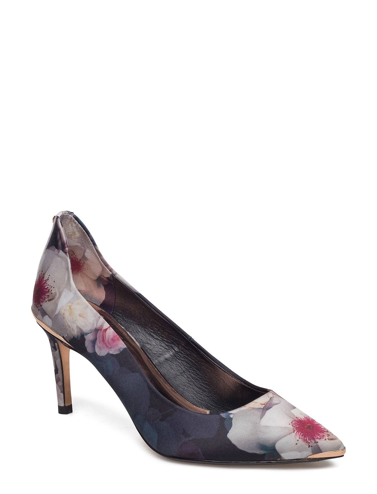 Ted Baker Vyixin P