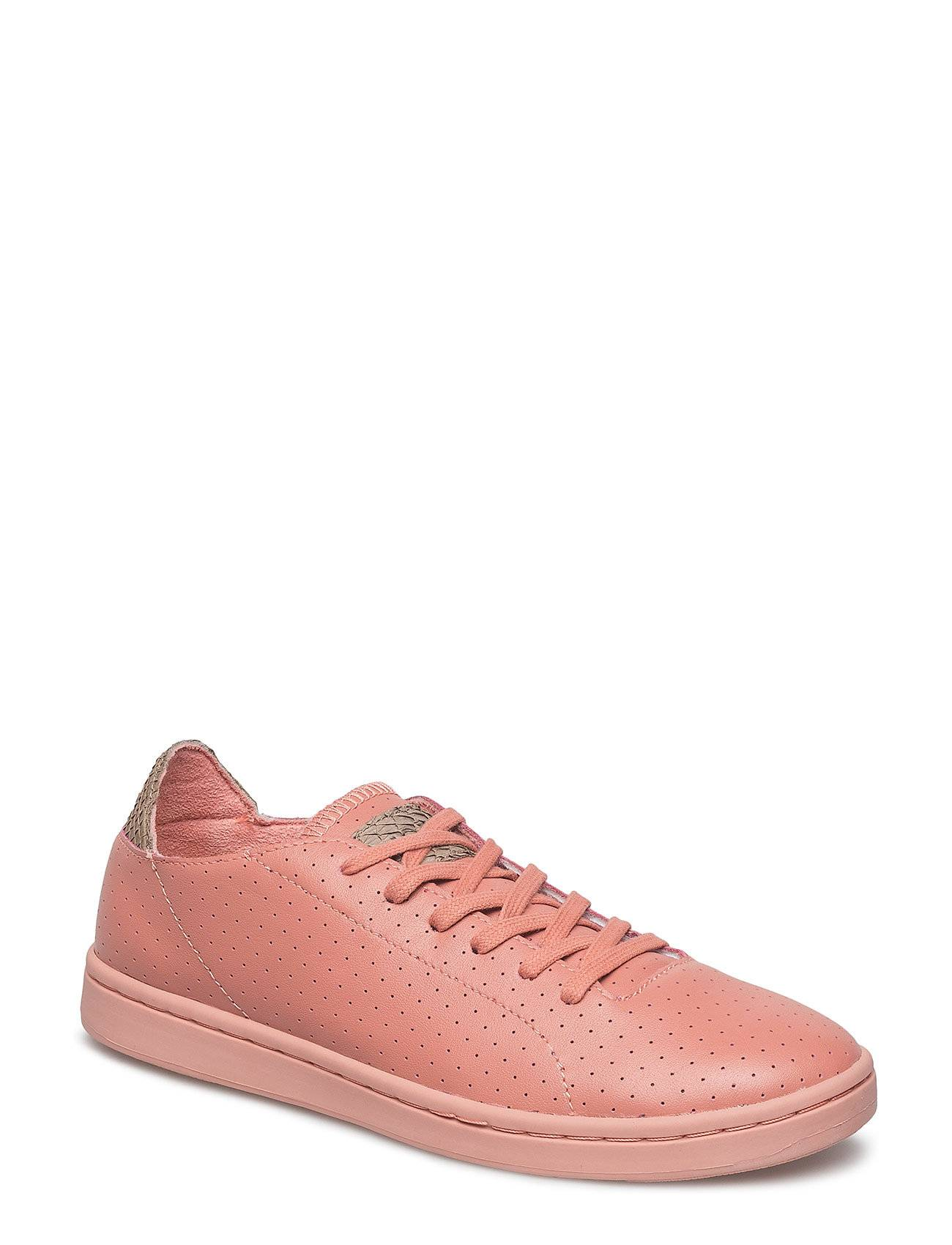 Woden Jane Perforated