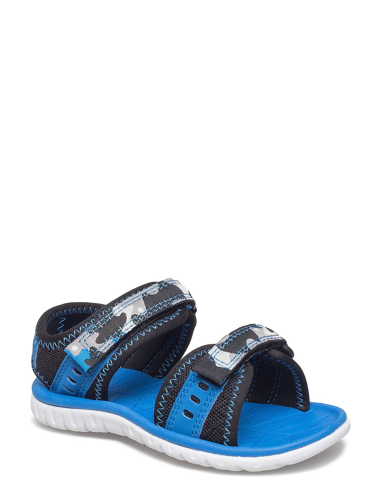 Clarks Surfing Wave