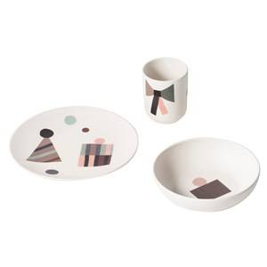 ferm LIVING Girls Tableware Pink Party Bamboo Dinner Set
