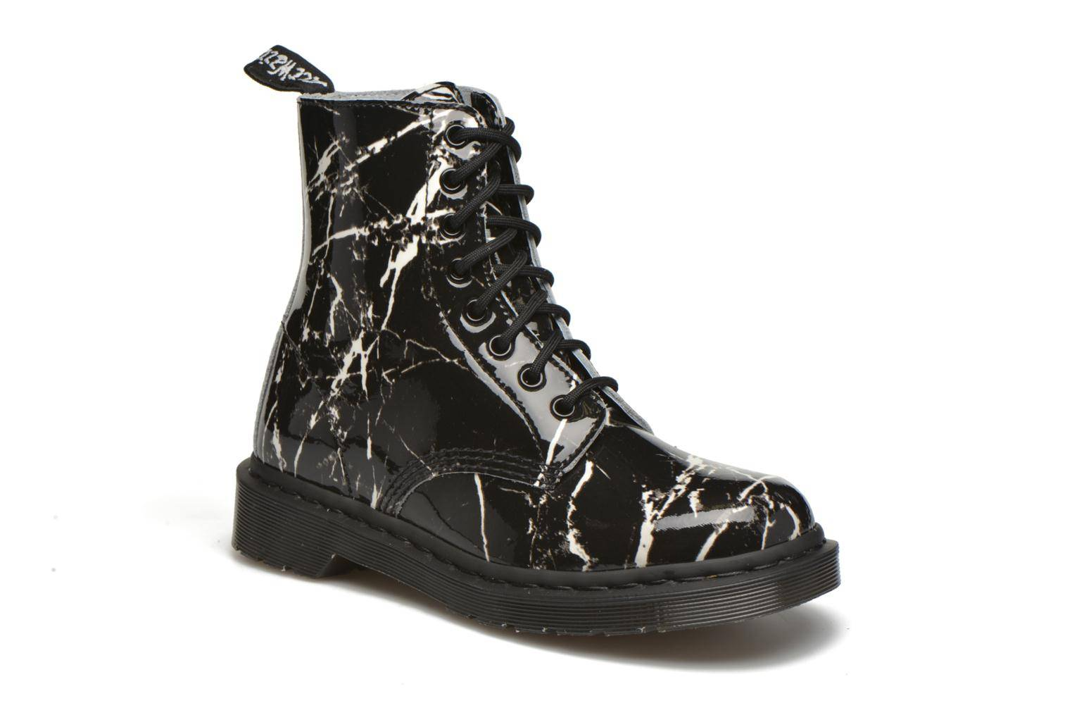 Dr. Martens - Pascal W by  - Nilkkurit Naisille  / Musta