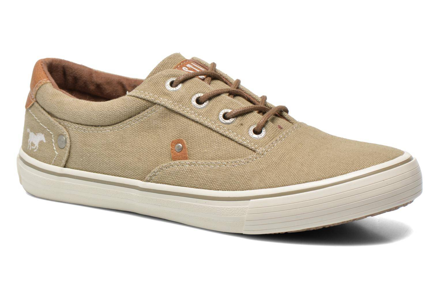 Mustang shoes - Shown by  - Tennarit Naisille  / Beige