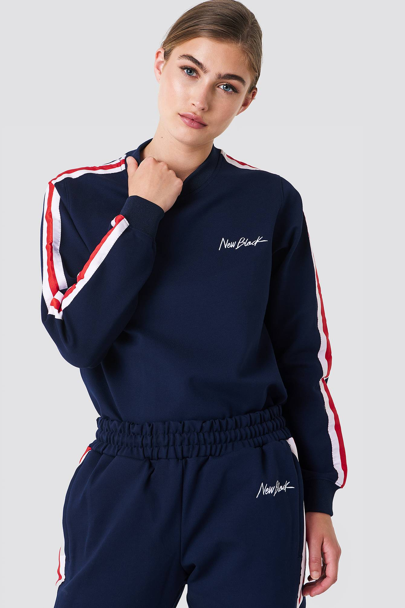 New Black Road Crew Sweater - Multicolor,Navy