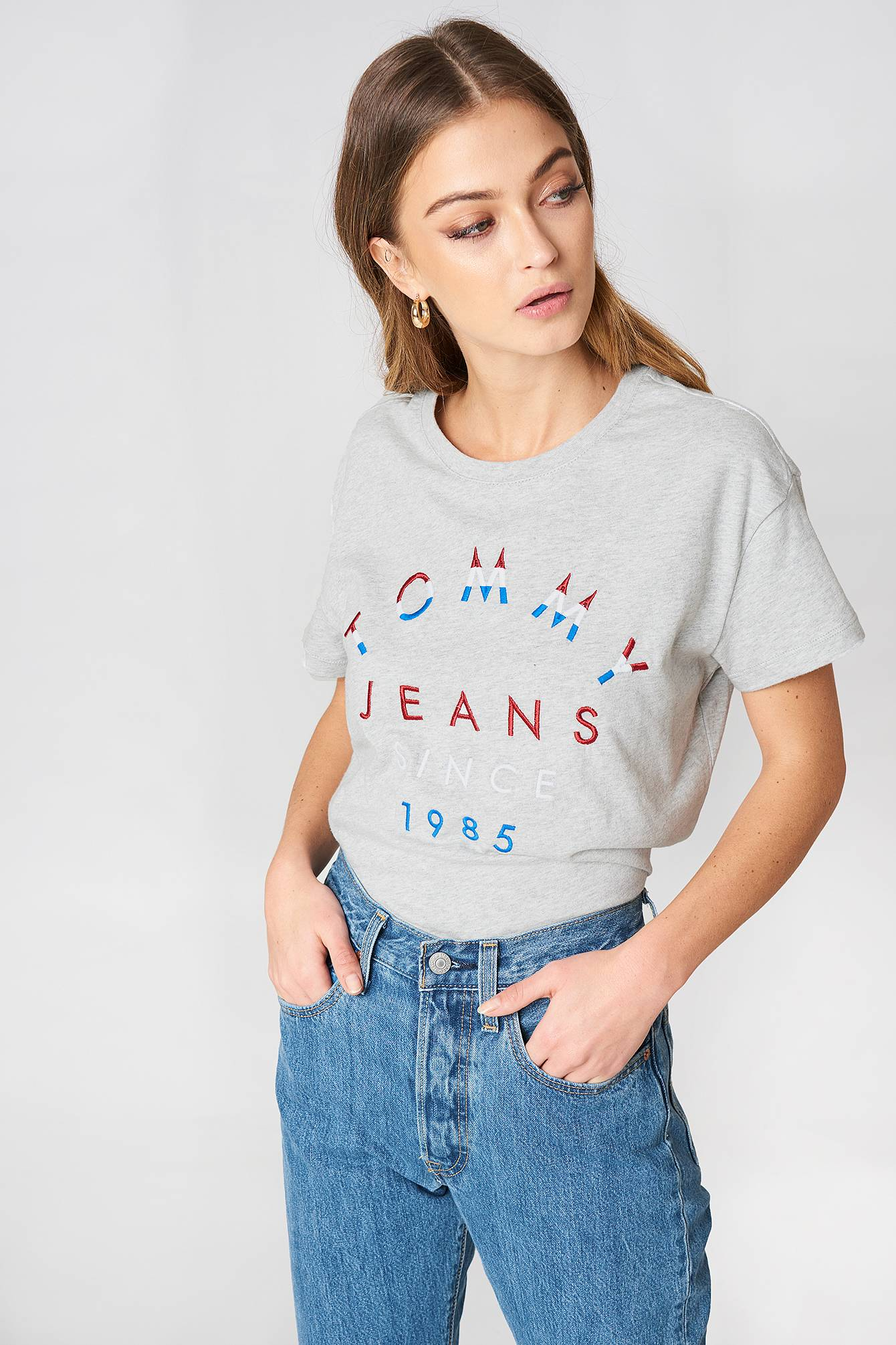 Tommy Hilfiger Embroidered Logo Tee - Grey