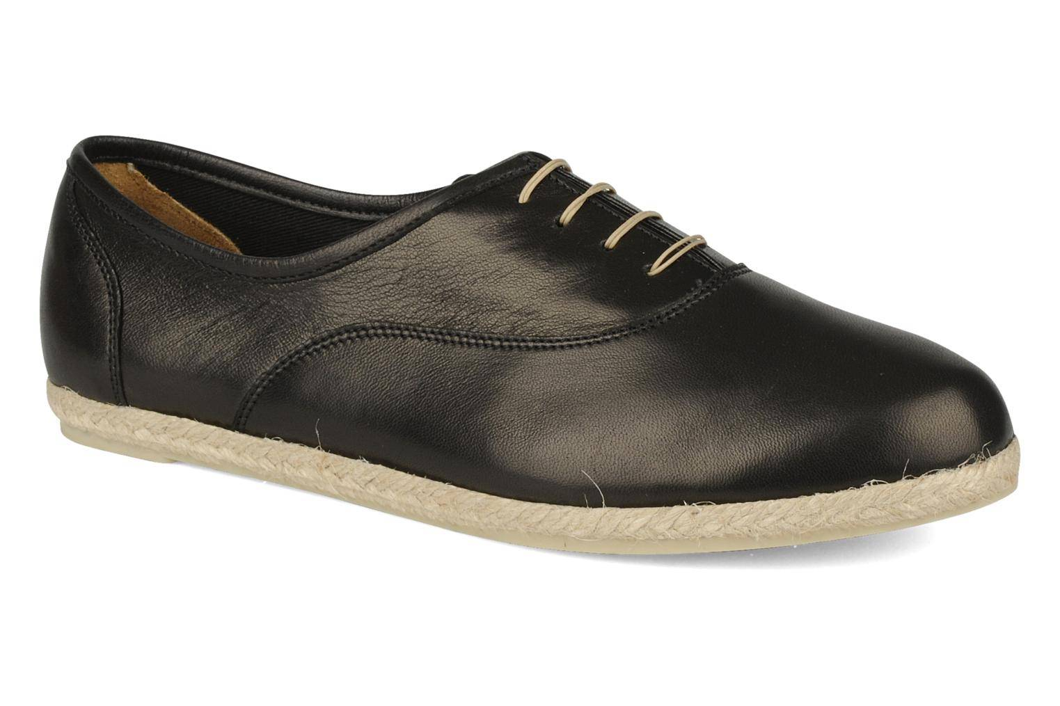 Chaussures � lacets femme