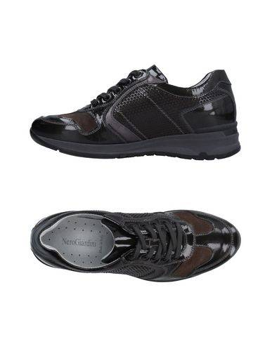 NERO GIARDINI Sneakers & Tennis shoes basse Donna