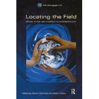 Collins, Peter Locating the Field: Space, Place and Context in Anthropology (1845204026)