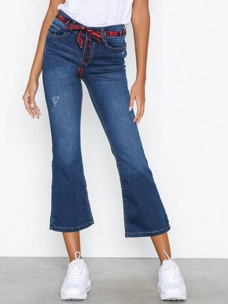 Jacqueline de Yong Jdyjoy Flared Cropped Rw M Blue Dnm Straight Blå