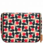 Orla Kiely - Gifts & Sets Sycamore Seed Large Hanging Wash Bag for Women