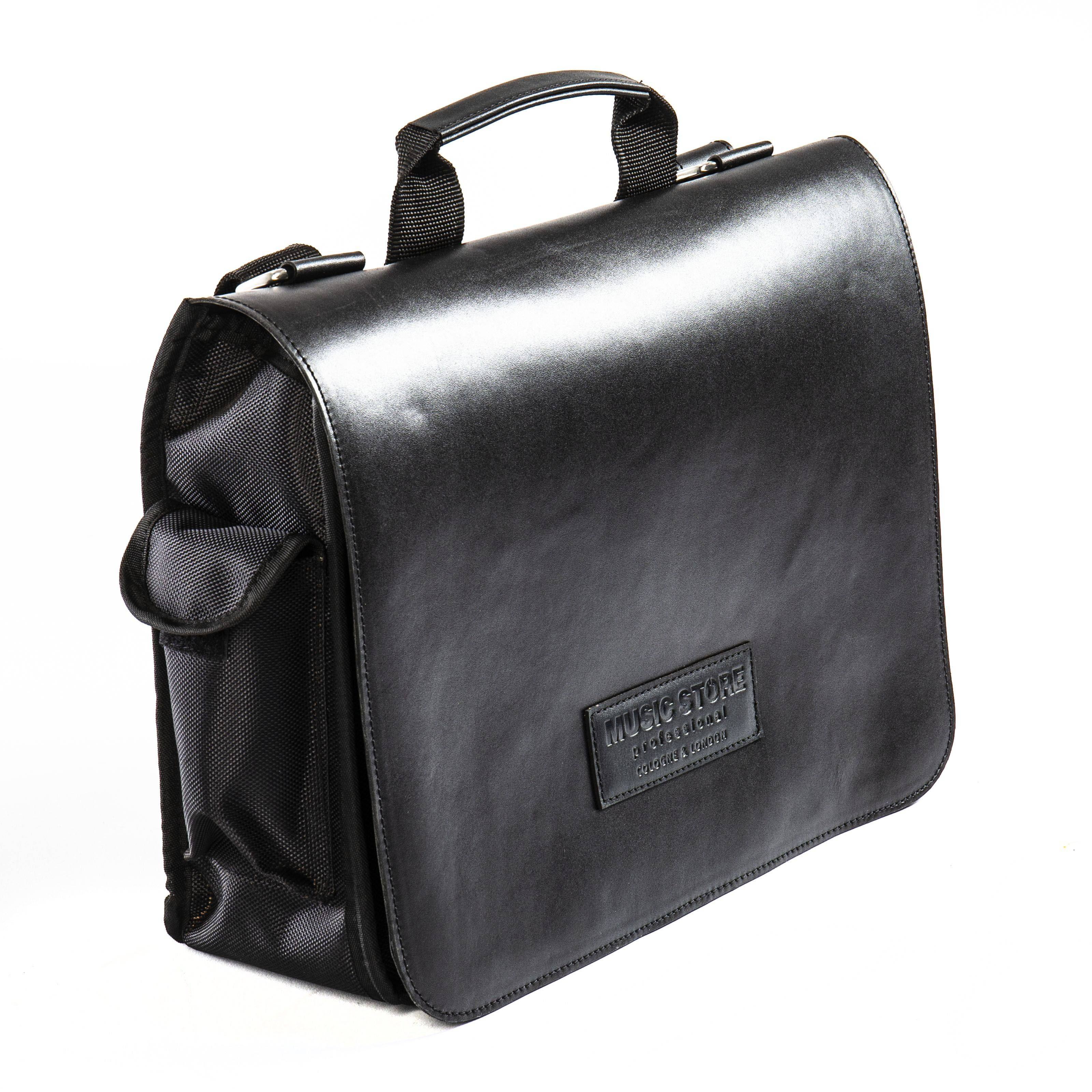 MUSIC STORE Executive Bag,w.front Leather, black, embo. logo