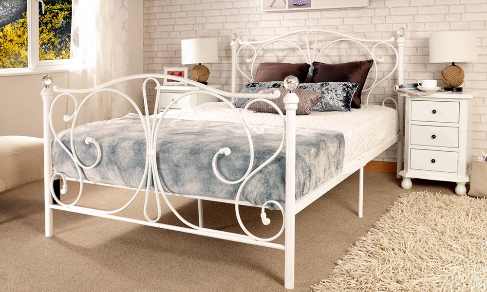 Double (4ft6) Crystal Bedframe & Mattress - White