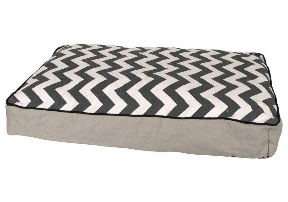 Pet Brands Snooze Large Comfort Mattress Bed.