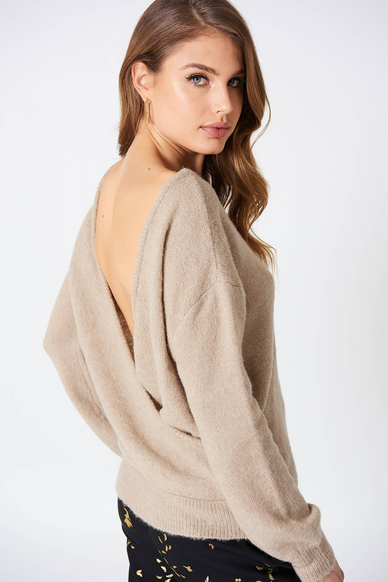 NA-KD Trend Back Overlap Knitted Sweater - Beige
