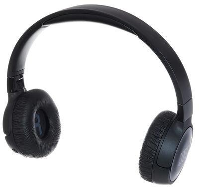 JBL by Harman Tune 600BTNC Black