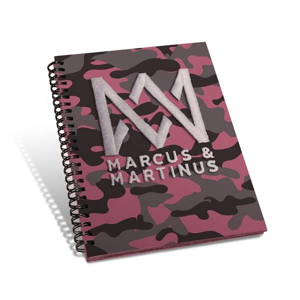 Muistikirja A5, Camo Vaaleanpunainen, Marcus & Martinus