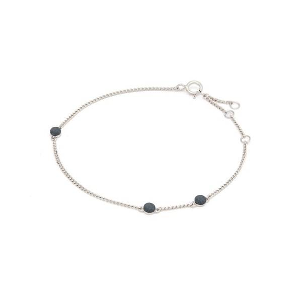 Louise Kragh Armband Microdot Silver Granite Matt