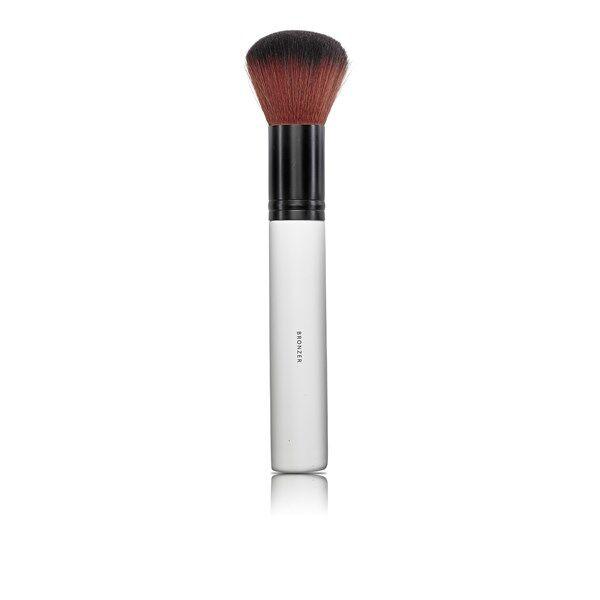 Lily Lolo Make-up Bronzer Brush Meikkisivellin