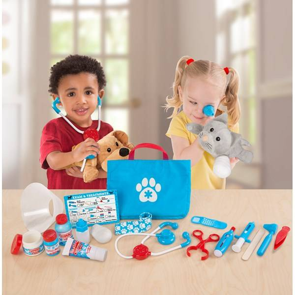 Pet Vet Play Set - Examine & Treat, Melissa & Doug