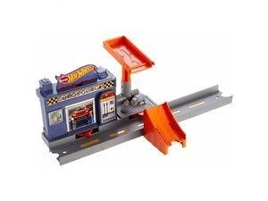 Hot Wheels Track Builder Auto Garage Super Drop Leikkisetti