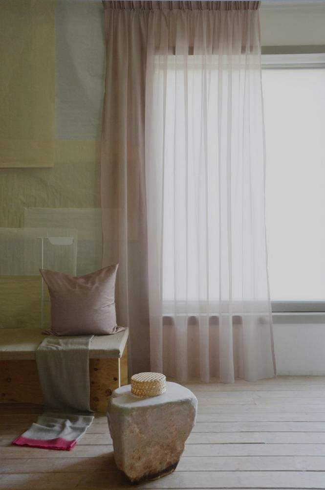 Mimou Läpikuultava hotelliverho, kaksinkertainen leveys