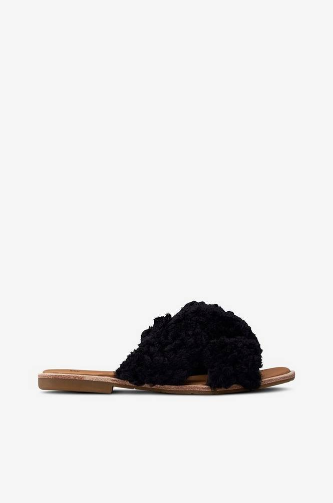 Ugg W Joni -sandaalit, slip-in-malli lampaankarvaa