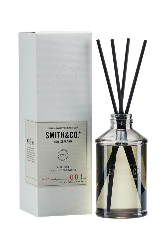 Smith & Co. Tabac & Cedarwood Diffuser 250 ml