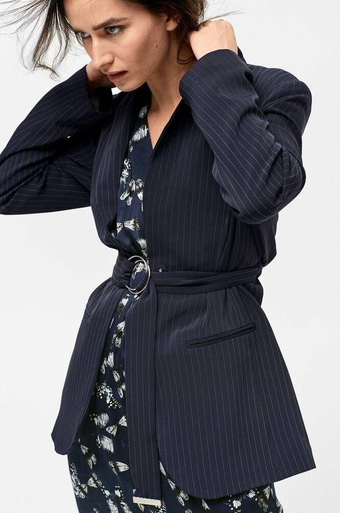 Joelle Mercury mekko
