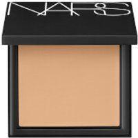 NARS Cosmetics Luminous Powder Foundation - Fiji